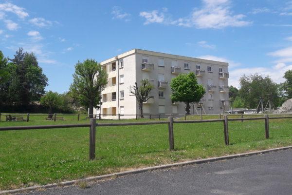388 -Sainte Sigolène (43) -Démolition 15 logements -Opac -bmv -photo 02